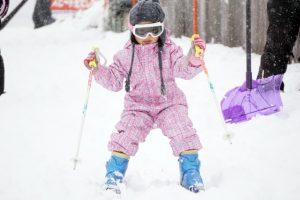 スキーウェア インナー 何着る
